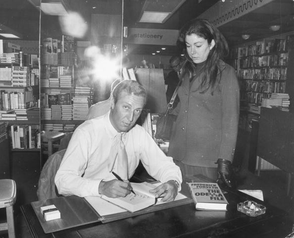 25th September 1972: Author Frederick Forsyth signs copies of his new suspense thriller, 'The Odessa File' at Truslove & Hanson of Sloane Street. (Photo by Wesley/Keystone/Getty Images)