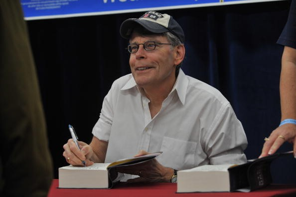 DUNDALK, MD - NOVEMBER 11: Stephen King promotes 'Under The Dome' at the North Point Boulevard Walmart on November 11, 2009 in Dundalk, Maryland. (Photo by Larry French/Getty Images)